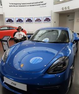 [Blue Porsche 718 Cayman S]